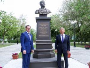 Памятник татарскому поэту Мусе Джалилю открыли в Астраханской области