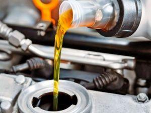 Цены на импортные автомасла снижаются, а на отечественные – растут