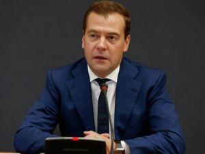 Медведев: Россияне получат всё необходимое для поддержания здоровья и качества жизни
