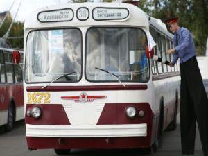 Выставку старинного транспорта в Москве посетили 20 тыс. гостей