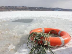 В Санкт-Петербурге продлен период запрета выхода на ледовое покрытие водных объектов