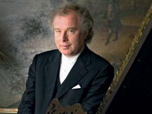 Один из величайших пианистов современности выступит с концертами в Москве и в Петербурге