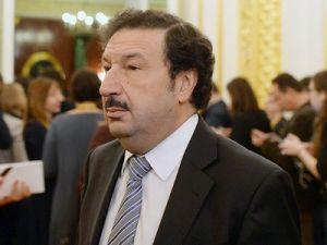Глава РАНХиГСа Владимир Мау назвал разумным решение об увеличении пенсионного возраста.