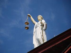 Верховный суд объяснил на каких основаниях могут задерживать митингующих