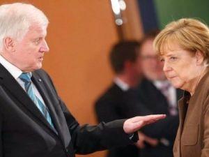 Глава МВД Германии уходит в отставку