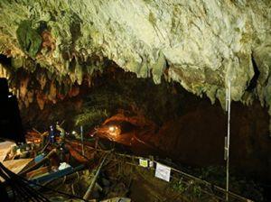 Пятого ребёнка вывели из затопленной пещеры в Тайланде