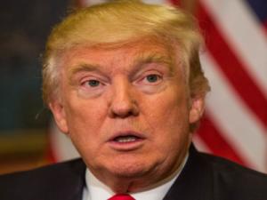 Трамп поставил ультиматум странам, ведущим бизнес с Ираном