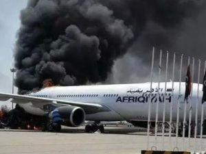 В Ливии международный аэропорт Митига подвергся обстрелу