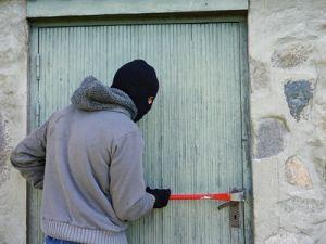 В Татарстане бизнесмен убил грабителей, напавших на его дом: завели уголовное дело