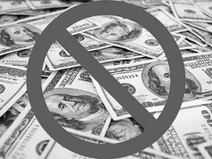 Минфин поддержал идею отказа от доллара в российской экономике