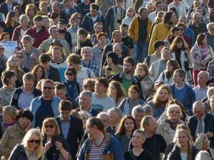 Число желающих протестовать против пенсионной реформы резко снизилось