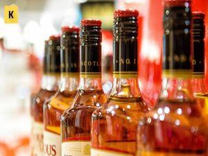 В Госдуме предлагают ограничить продажу алкоголя в барах