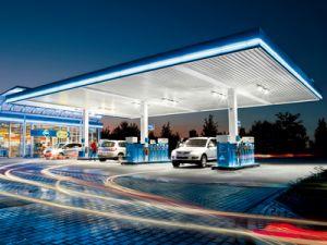 «Роснефть»: цены на топливо повышают АЗС-монополисты