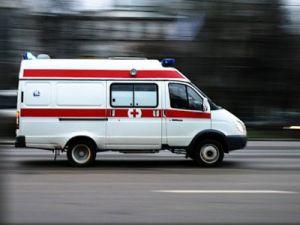 """У метро """"Саларьево"""" тяжёлая конструкция обрушилась на людей"""