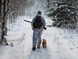 Пермские охотники получили блокнот и педикюрный набор в награду за спасение детей