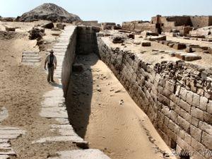 В Египте обнаружена гробница жреца старше 4 тысяч лет