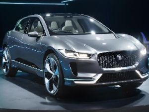 Jaguar Opens Sales of Electric Crossovers I-Pace in Russia