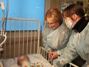 Спасённый в Магнитогорске младенец пришёл в сознание