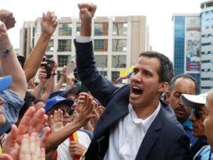 «Венесуэльский майдан»: на улицах ожесточённые столкновения, слышны взрывы