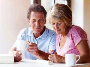 Большинство россиян в старости не будут жить на одну пенсию, показал опрос НПФ Сбербанка