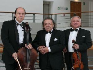 Ансамбль «Московское трио» выступит в Малом зале консерватории имени П. И. Чайковского