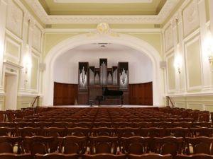 В малом зале Московской консерватории им. Чайковского выступят английские органисты