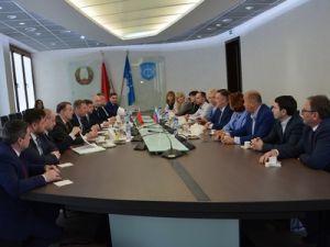 Брест и Ижевск договорились о долгосрочном сотрудничестве