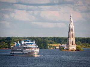 Иностранцы предпочитают круизы по рекам России