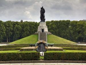 На мемориалы советским бойцам Германия выделит 9 миллионов евро