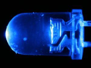Французские учёные предупредили об опасности светодиодных ламп