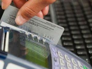 Доля безналичных платежей в России превысила 60 %