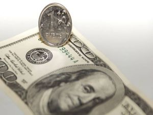 Ruble Strengthened against the Dollar in April by 1.9%