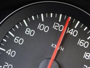 Депутаты Госдумы рекомендовали правительству России не ужесточать скоростной режим на автотрассах
