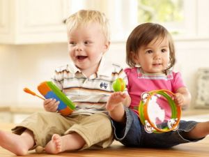 In Russia, Increase Childcare Benefits