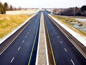 Medvedev Approved the Project of a Private Highway from Russia to China