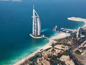 Дубай ввёл бесплатную лицензию на алкоголь для туристов