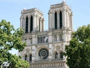 Во Франции восстановят Собор Парижской Богоматери