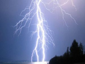 Four Tourists Died in the Mountains in Poland During a Thunderstorm