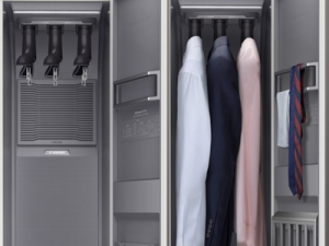 Samsung Showed a Wardrobe with the Function of Cleaning Clothes at IFA 2019
