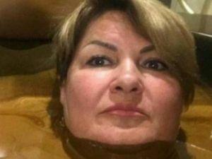 Фото чиновницы в «ванне из шоколада» вызвало волну общественного порицания
