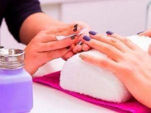 Учёные заявили о смертельной опасности лака для ногтей