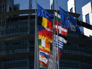 EC Coordinated with France on US Threats to Impose Duties