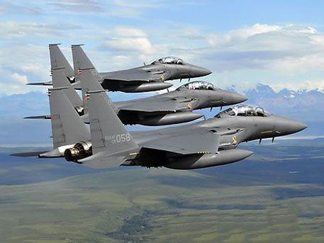 Южная Корея совместно с США провела манёвры на истребителях