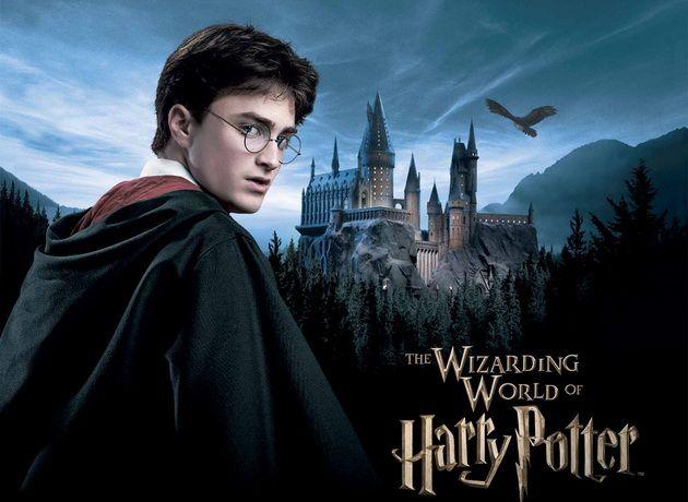 Фанатам Гарри Поттера предложат рождественский ужин в Хогвартсе