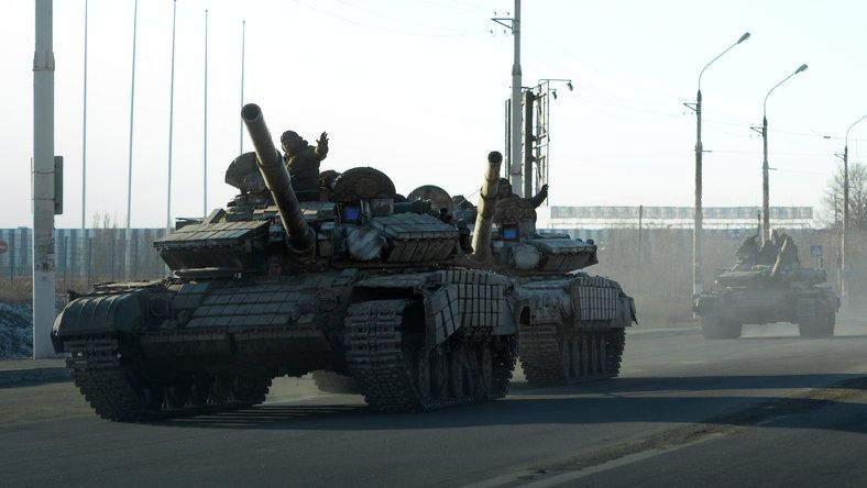 Армия ЛНР начала отвод вооружений