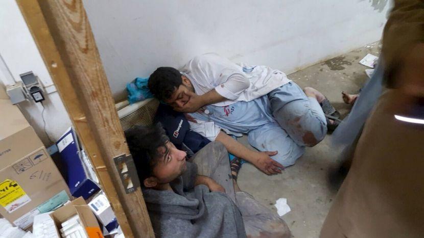 """""""Врачи без границ"""": пациенты госпиталя в Кундузе горели в кроватях"""