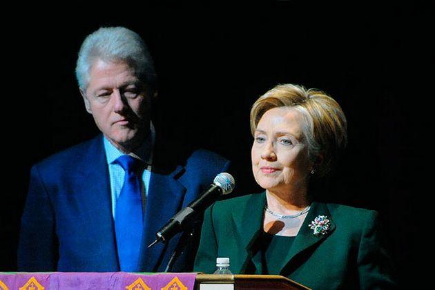 Выходит книга о рукоприкладстве Хиллари Клинтон по отношению к мужу