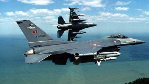 НАТО: Воздушное пространство Турции нарушили два самолёта