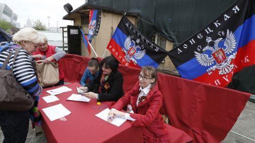 В ДНР и ЛНР перенесли местные выборы на следующий год