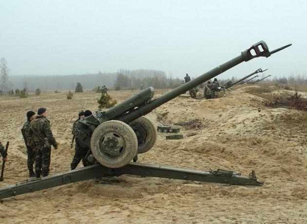 Украина сообщила о завершении первого этапа отвода бронетехники в Донбассе